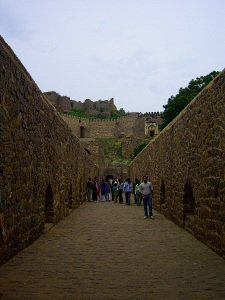 Path leading up to Fort